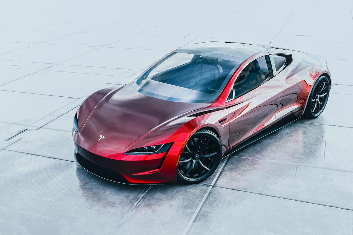 Пассажиры Tesla Roadster шокированы разгоном электрокара до 100 км/ч менее чем за две секунды